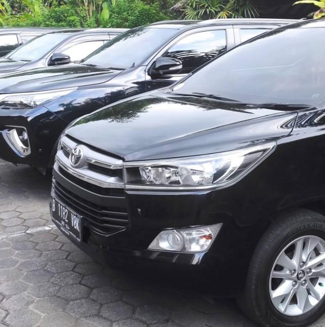 Garasi sewa mobil Tangerang