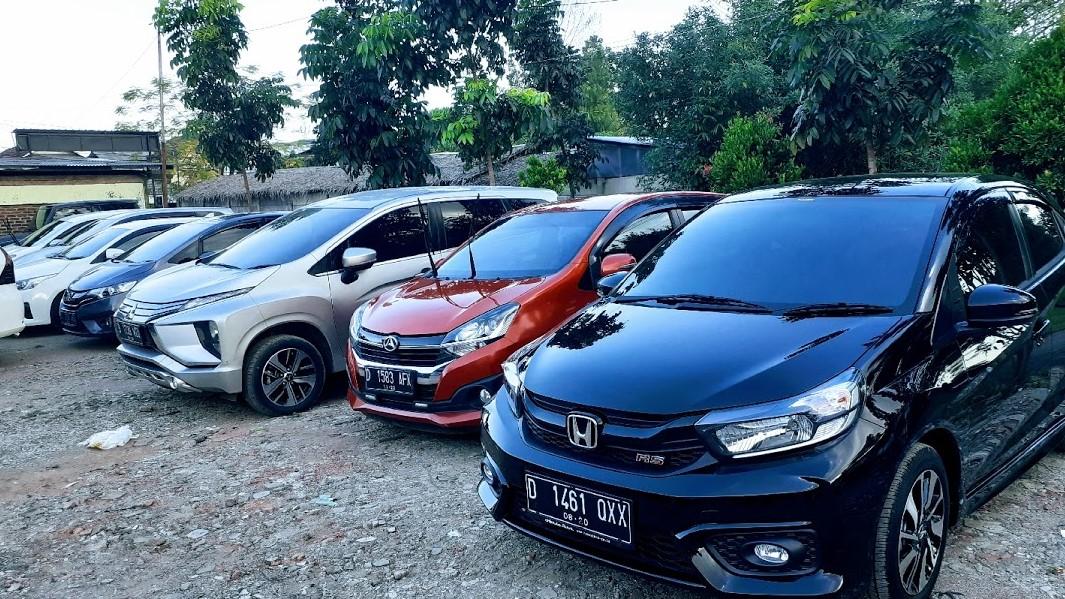Rental Mobil Bandung Tahajada