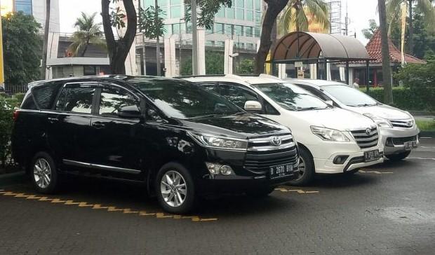 Pusat Rental Mobil