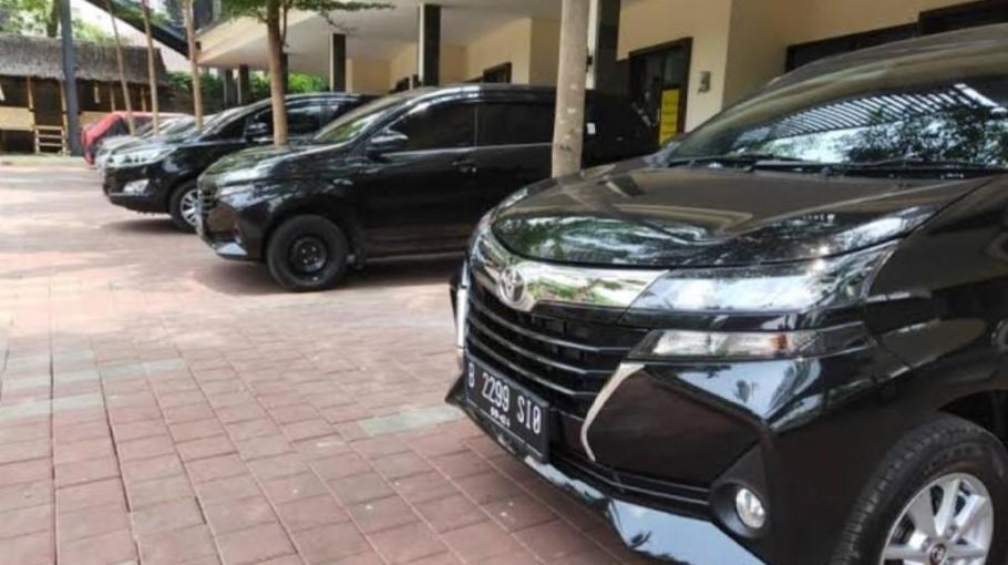 Rental Mobil Srengseng
