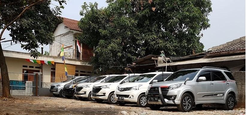 Rohman Rental Mobil